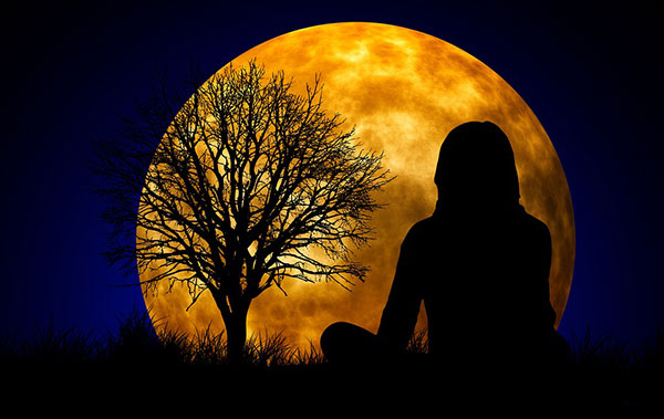 Benefits of meditation during full moon-unleash the power